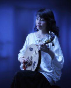 永田斉子月琴ポートレート写真